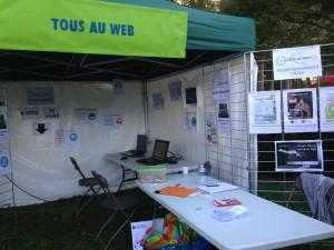 stand Tous au Web fête des associations 2016
